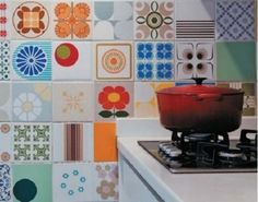 Decorar pared de cocina con azulejos