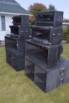 You Can Experience electronic gadget With One Of These Helpful Tips Subwoofer Box Design, Speaker Box Design, Speaker Amplifier, Subwoofer Speaker, Dj Equipment For Sale, Stage Equipment, Pro Audio Speakers, Horn Speakers, Speaker Plans