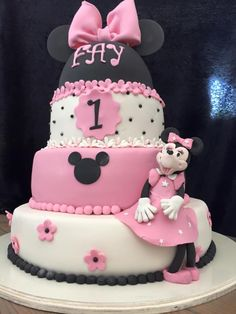 Minnie Mouse taart!