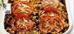 Το απαύγασμα της ελληνικής κουζίνας. Όλοι, μα όλοι αυτό που λατρεύουν στα γεμιστά είναι η γέμιση. Τι τις θέλεις τις ντομάτες...