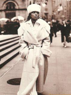 90shiphopraprnb:  Mary J. Blige