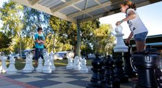 BIG4 Noosa Bougainvilla Giant Chess Set