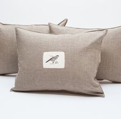 linen pillows with image - p i ' l o