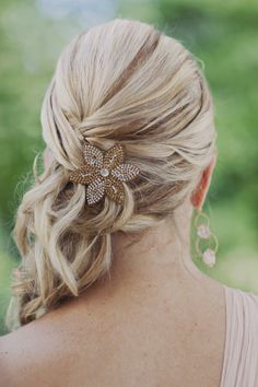 Pretty pinned updo: http://www.stylemepretty.com/2013/04/16/atlanta-wedding-from-our-labor-of-love/ | Photography: Our Labor of Love - http://ourlaboroflove.com/