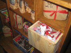 stoffherzen zum verschenken, zum dekorieren, für den weihnachtsbaum oder als geschenkanhänger, gefüllt zum teil mit lavendel gibt es bei uns...