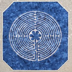 Blue and white Labyrinth applique quilt at KatyQuilts