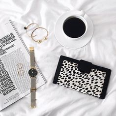 Coffee breaks in bed are the best kind...says #WCOgirlgang @ariadibari // Dipped Gold & Onyx Cuff
