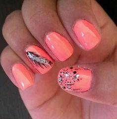 Nail art #feather #chinaglaze