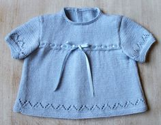 Lace Baby Tunic Instructions in French PDF by LittleFrenchKnits