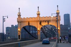Smithfield Street Bridge (blue bridge), Pittsburgh