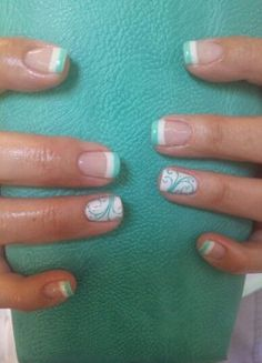 Pretty mint nails gel nails french tip, summer french nails, colored nail tips french Mint Green Nails, Mint Nails, Mint Nail Art, Black Nails, Cute Summer Nail Designs, Cute Summer Nails, Pretty Nail Designs, Spring Nails, Ring Finger Nails