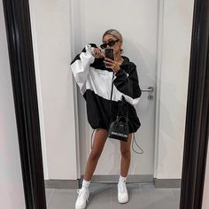 fashion killa Still want your shoes Virgil Look Fashion, Daily Fashion, Fashion Outfits, Fashion Killa, Style Casual, Casual Looks, Cute Fall Outfits, Casual Outfits, Fashion Jackson