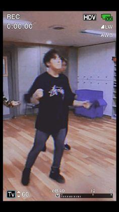 Jungkook Songs, Foto Jungkook, Bts Suga, Foto Bts, Bts Taehyung, K Pop, Kpop Gifs, Photoshoot Bts, Bts Aegyo