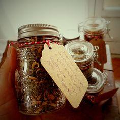 DIY tea blends for Christmas @ mytinygreenkitchen.com