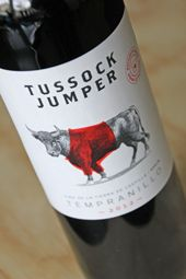 Tasted a Spanish Bull with a jumper....(?)  Tussock Jumper Tempranillo....!  A BUY!  http://www.wijngekken.nl/2013/12/04/tussock-jumper-tempranillo-2012-vino-de-la-tierra-de-castilla-spanje/