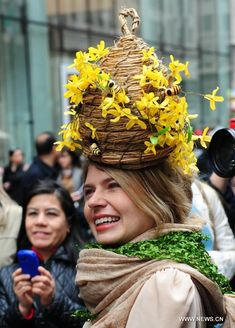 New York Easter Bonnet Parade held in Manhattan - People's Daily Online