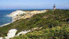 Tour These Cape Cod Islands: Nantucket and Martha's Vineyard | Chatham Gables Inn | Chatham, MA  #nantucket #marthasvineyard