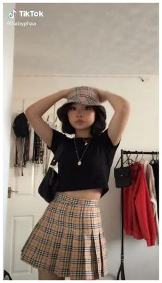 Plaid Outfits, Edgy Outfits, Mode Outfits, Cute Casual Outfits, Fashion Outfits, Skater Skirt Outfit For Summer, Skater Skirt Outfits, Outfit Summer, Plaid Fashion