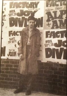 Ian Curtis of Joy Division Ian Curtis, Natalie Curtis, Joy Division, Dark Wave, New Wave Music, Music Icon, Post Punk, Glam Rock, Illustrations