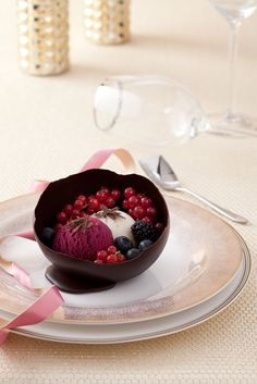Chocolate Balloon with Carte D'or ice cream and berry's