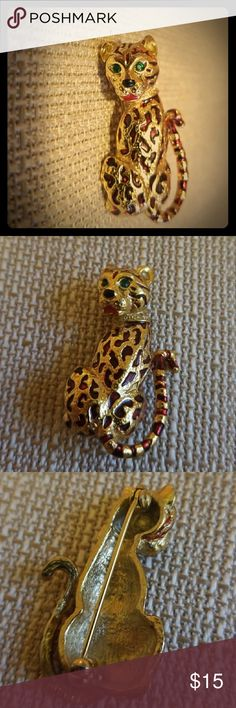 Adorable Vintage Cheetah Brooch Have you ever wanted a cheetah for a pet? Well, now you can have one! There is slight tarnish on the back. unknown Jewelry Brooches