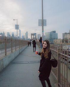 Williamsburg Bridge NYC  #newyorkcity #nyc #Made_In_NY #ig_daily #wildnewyork #photooftheday #aroundtheworld #photography #nycprimeshot #nybridgesandtunnels #williamsburgbridge #ig_all_americas #ig_nycity #travelphotography #travel #ny #metrostation #america #tb #building #what_i_saw_in_nyc #streetphotography #newyorkskyline #architectural #architecturalphotography #architecture by _byalissa