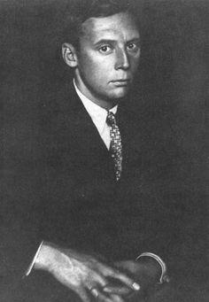 Johannes Theodor Baargeld  Zentrodada  Alfred Ferdinand Gruenwald  Johannes Theodor Baargeld oder auch Zentrodada, bürgerlich Alfred Ferdinand Gruenwald, wurde am 9. Oktober 1892 in Stettin geboren und starb am 17. oder 18. August 1927 am Mont Blanc. Er war ein deutscher Maler, Grafiker, Autor und Publizist des Dadaismus.  Von diesem Autor liegt noch keine Kurzbiographie vor.