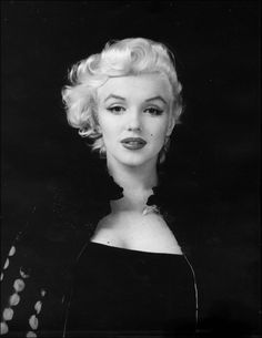 """Marilyn Monroe said: """"I don't want to make money, I just want to be wonderful."""""""