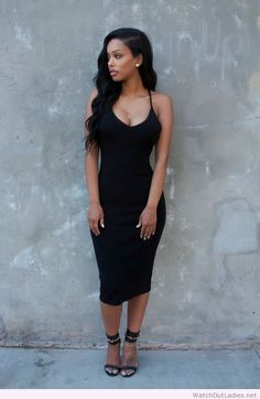 Hot & Beautiful Black girls - All this outfit needs is some red bottoms and a henna on her hand and she is good. Fashion Killa, Look Fashion, Fashion Outfits, Daily Fashion, Fashion Ideas, Girl Fashion, The Dress, Dress Skirt, Bodycon Dress