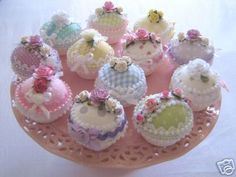 Lovely little fabric cupcakes are a necessity at every tea party!! Gotta make lots of these :o)