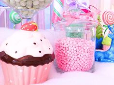 A Glittery Christmas Candy Land | CatchMyParty.com