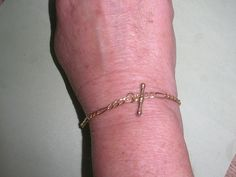 9ct gold #figaro chain bracelet with watch chain t bar #marked 375. not #scrap,  View more on the LINK: http://www.zeppy.io/product/gb/2/291878879198/