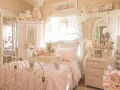 Romantic Shabby Chic, Romantic Home Decor, Shabby Chic Pink, Shabby Chic Decor, Bedroom Romantic, Feminine Bedroom, White Bedroom, Shabby Chic Bedroom Furniture, Shabby Chic Bedrooms