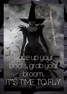 The witch is back.fly my little pretties. Halloween Quotes, Halloween Fun, Halloween Witches, Halloween Displays, Halloween Images, Halloween Decorations, I Smile, Make Me Smile, Great Quotes
