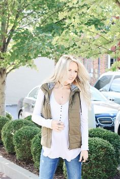 Click here now to see the best fall vests on Nashville Wifestyles! Stylish puffer vests for women fall outfits. Put together fall outfits women casual sweaters. Beautiful womens outfits with vests. Best outfits with puffer vests for women. Simple womens outfits with vests. Pretty fall outfits women 30s casual. Nice fall outfits women casual street styles. Amazing fall outfits women casual jeans. Cute vest outfits for women winter dressy. #vests #fashion #outfits #fall