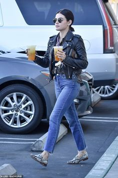 Lucy Hale gets a double dose of caffeine as she makes two coffee runs Gamine Outfits, Casual Outfits, Fashion Outfits, Fall Winter Outfits, Spring Outfits, Spencer Hastings Outfits, Lucy Hale Outfits, Lucy Hale Style, Christian Girls