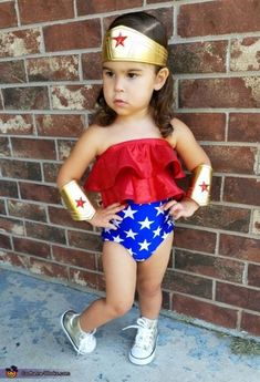 38 diy halloween costumes for kids!Sometimes store-bought Halloween costumes just don\'t cut it. These DIY Halloween costumes for kids are easy to make and more unique. Unique Toddler Halloween Costumes, Little Girl Halloween, Girl Superhero Costumes, Wonder Woman Halloween Costume, Halloween Costume Contest, Toddler Costumes, Super Hero Costumes, Baby Girl Costumes, Boy Halloween