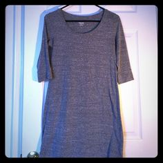 Mossimo gray 3/4 sleeve dress! Super comfy & cute gray dress! 50% polyester, 38% cotton 12%rayon Mossimo Supply Co Dresses