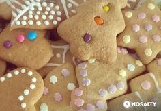 Puha mézeskalács pihentetés nélkül Gingerbread Cookies, Christmas Cookies, Xmas Food, Cookie Recipes, Tapas, Baking, Minden, Menu, Gingerbread Cupcakes