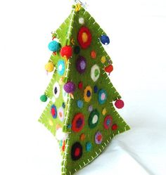 Dimensional felted Christmas tree