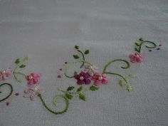 This Pin was discovered by Eli Border Embroidery, Embroidery Sampler, Cross Stitch Embroidery, Embroidery Patterns, Hand Embroidery, Cross Stitch Patterns, Machine Embroidery, Sewing Art, Embroidered Clothes