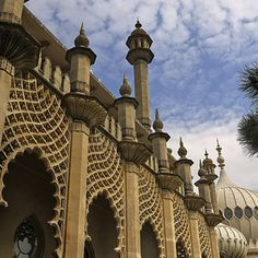 The Royal Pavillion, Brighton. | 28 Incredibly Beautiful Places In The U.K. To Visit