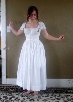 Romantic History: Undergarments and ~ New Dishes ~ ! Pioneer Clothing, Proper Attire, Big Skirts, Civil War Dress, Vintage Underwear, 1800s Fashion, Period Outfit, School Fashion, Historical Clothing