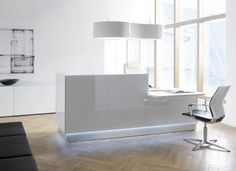 modern reception desk in white lacquer http://www.axisoffice.com/