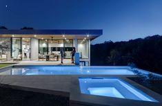 Matt Fajkus MF Architecture Bracketed Space House Photo 14 by Charles Davis Smith.jpg