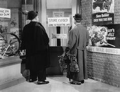 Laurel & Hardy - Air Raid Wardens - 1943