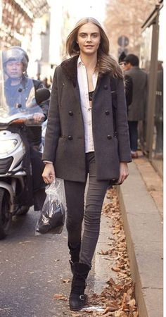 not only do I want your outfit, Cara, but I want your legs too