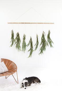 DIY holiday wall hanging | Sarah Sherman Samuel | Bloglovin'