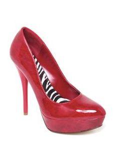 http://www.agacistore.com/product/junior+fashion+shoes/pumps/cuddle+patent+almond+toe+platform.do