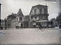 Carrefour de Tourny à Limoges en 1901, JB Boudeau - Bfm Limoges http://boudeau.bm-limoges.fr/items/show/200